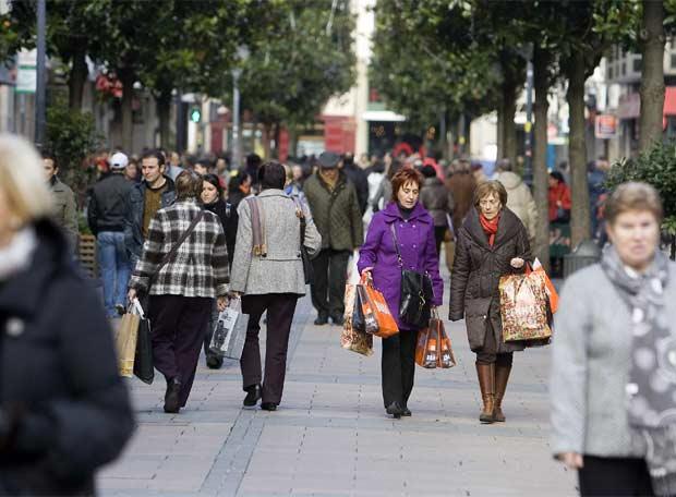 Dos millones de euros para ayudar al comercio local y al turismo alavés | Gasteiz Hoy