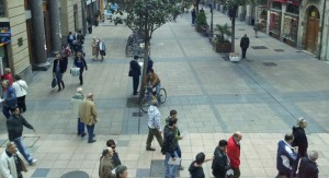 gente. Imagen desde el Café Plaza