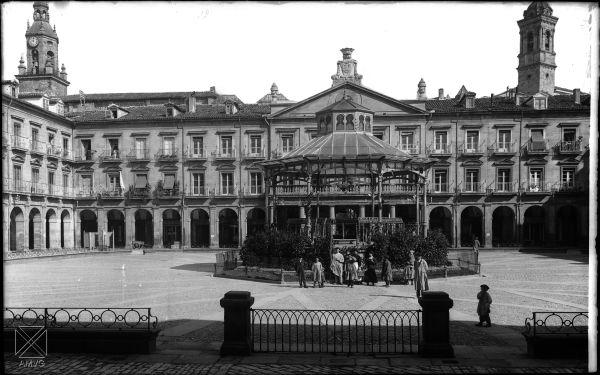 Plaza de España hacia 1905 (Anónimo) Archivo municipal