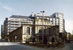 Plaza de Abastos 1975 (Arqué-Archivo Municipal)