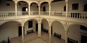 Museo Bibat de Naipes y Arqueología