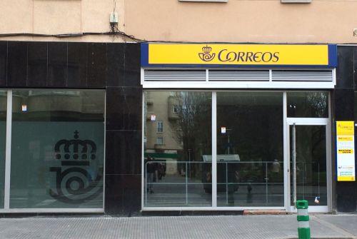 Correos abre por fin su oficina de portal de legutiano for Oficina correos mostoles