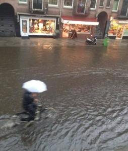 amsterdam inundaciones bici