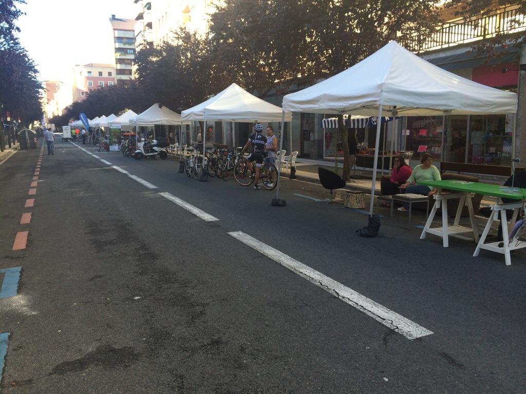 La Calle Gorbea acoge el Día sin Coche