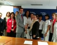 AMPEA y Hospital San José firman un acuerdo para promover la salud de la mujer