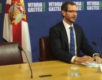 """Personas del mundo social y cultural vitoriano firman """"contra la campaña discriminatoria del alcalde"""""""