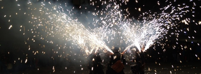 15.000 velas iluminan el Casco Viejo