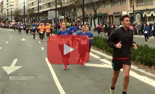 VÍDEO: 4.500 atletas llenan las calles de Vitoria en la Media Maratón