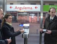 El tranvía de Vitoria admite desde hoy el pago con la tarjeta Barik de Bizkaia