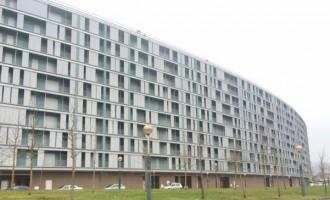 El edificio fantasma de la Calle Bremen: 314 VPO vacías buscan una salida
