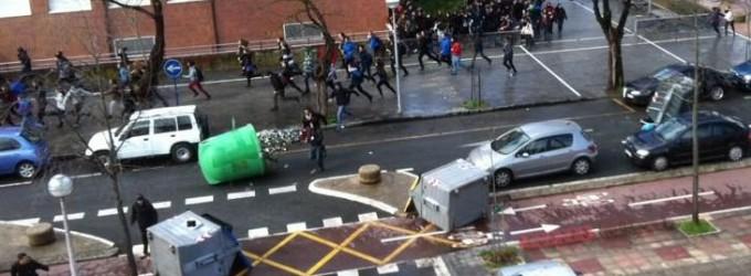 Disturbios en el Campus Universitario en una jornada de huelga contra el 3+2
