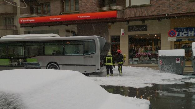 incendio-autobus-olaguibel