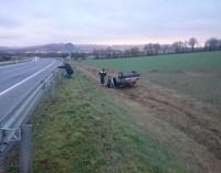 Vuelca un vehículo en un accidente en Estarrona