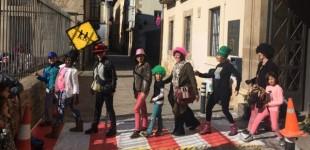 El paso de cebra de los Beatles se traslada al Casco Viejo