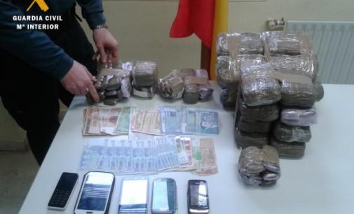 Tres detenidos en Salamanca con 17,5 kilos de hachís con destino Vitoria