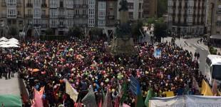 Gora Gasteiz celebra una gran jornada festiva y reivindicativa