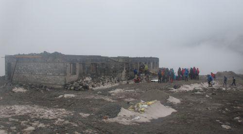 Restos del único lodge que quedó en Langtang.