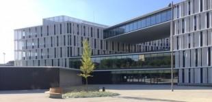 La plaza del nuevo Ayuntamiento se llamará… Plaza del Ayuntamiento-Udalaren Plaza
