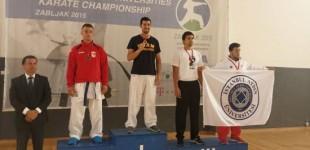 Jagoba Vizuete gana el Campeonato de Europa universitario de kárate