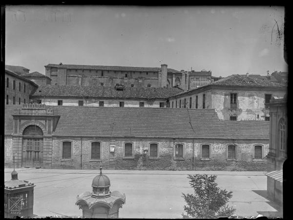 GUI-IV-121_01+E.Guinea_1930_Cuartel de San Francisco