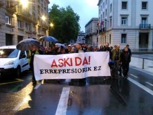 Manifestación en protesta por las detenciones vía @gazteiraultza