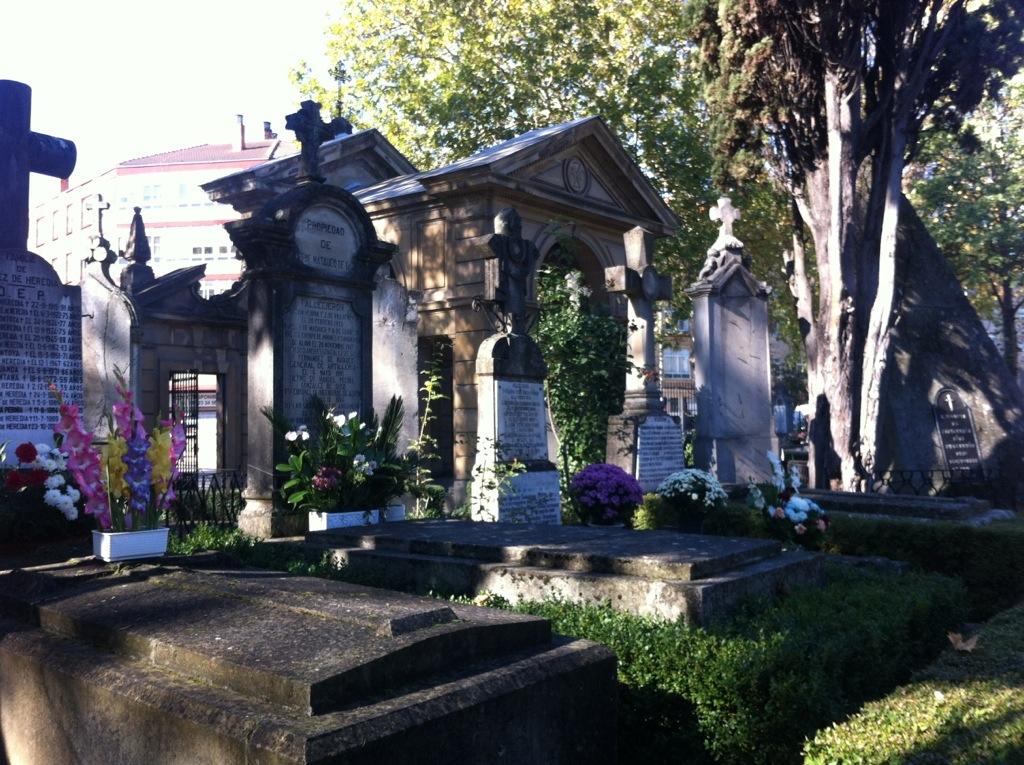Un paseo por el arte y la historia: el Cementerio de Santa Isabel