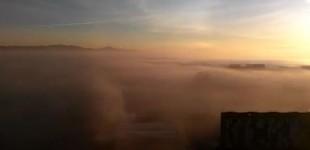 Espectacular vídeo de Salburua con niebla visto desde el aire