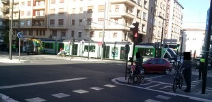 Nuevo accidente con el tranvía en la Avenida Gasteiz