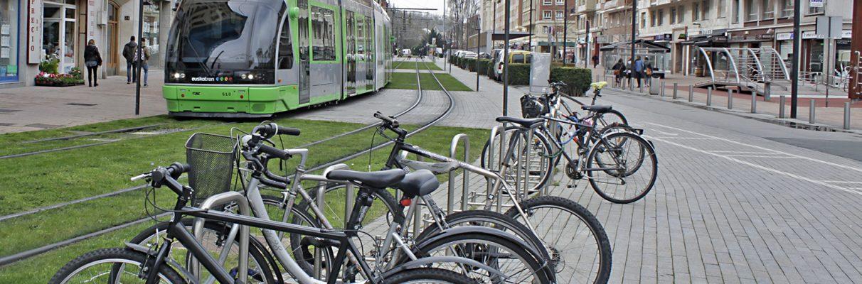 El futuro de Vitoria: Tranvía Salburua-Zabalgana, más buses y supermanzanas a 20 km/h