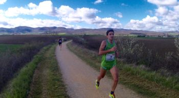 Cientos de atletas participan en la Subida a Estibaliz