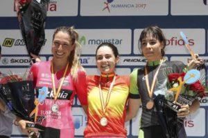 Lourdes Oyarbide gana el Campeonato de España Contrarreloj y Landa queda segundo