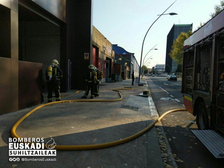 Bomberos en Portal de Gamarra (@bomberosEuskadi)