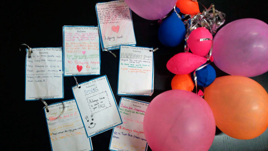 globos bullying barham school