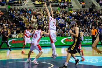 Baskonia no confirma la Copa y Araberri pierde en el último segundo