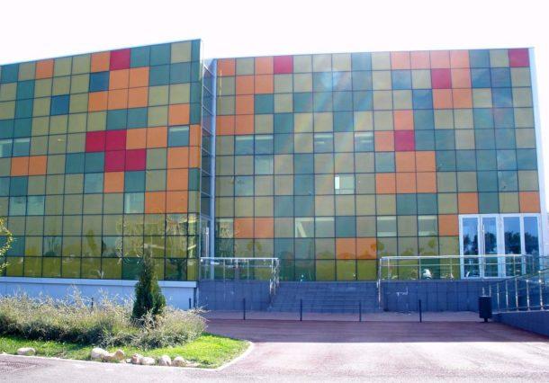 EH Bildu desvela que Montessori inició la actividad en el Bakh de forma irregular