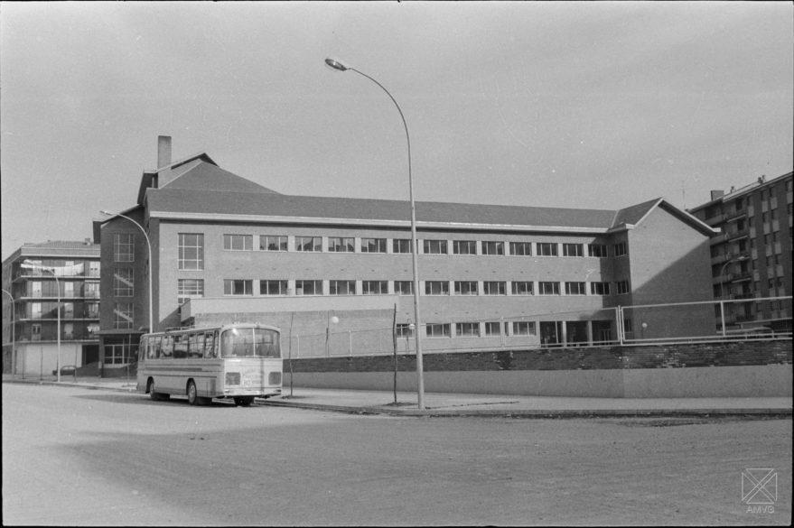 Colegio Divino Maestro en 1973. Archivo Municipal de Vitoria-Gasteiz.