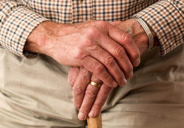 Ayuntamiento y Diputación formarán a 30 personas para atención a dependientes