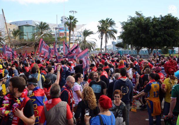 VÍDEOS: La kalejira de Baskonia toma Las Palmas pese a la derrota