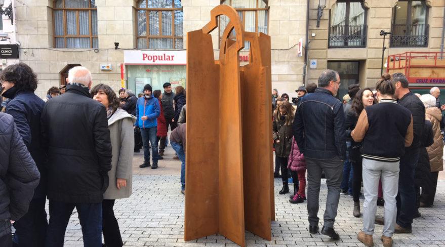 escultura a las víctimas del franquismo