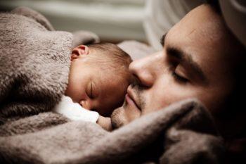 excedencia paternidad