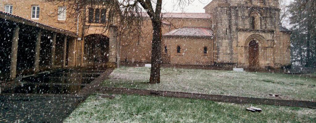 Vitoria espera la nieve en la última noche del invierno