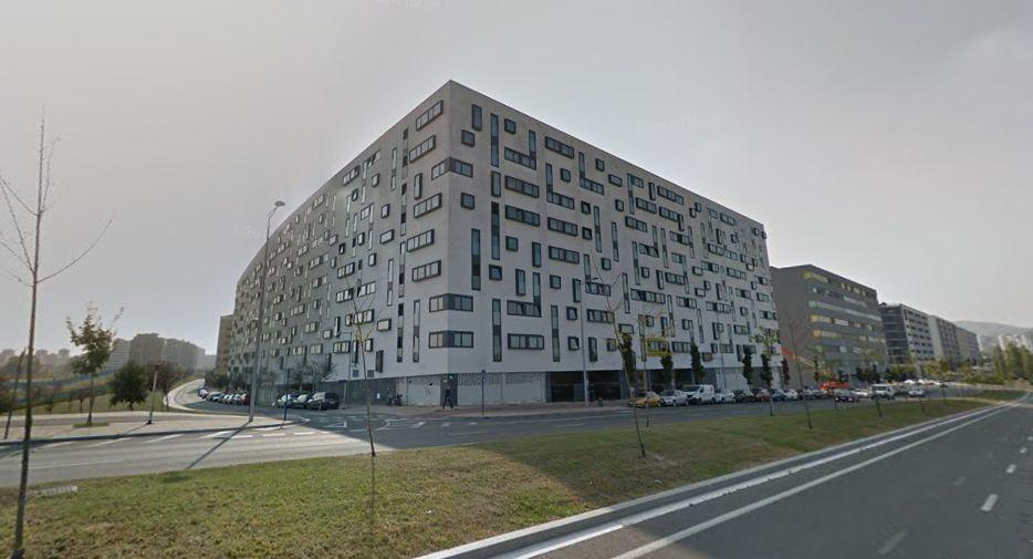 5 años durmiendo con goteras en un edificio VPO de Zabalgana