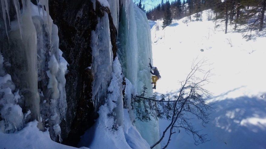 Los Pou escalan cascadas de hielo en Noruega