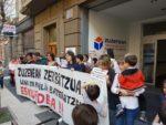 zuzenean protesta vitoria