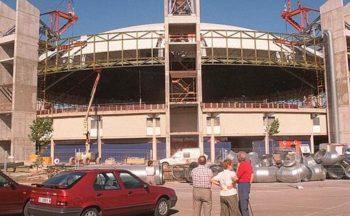 Foto: Levantamiento cúpula 1998