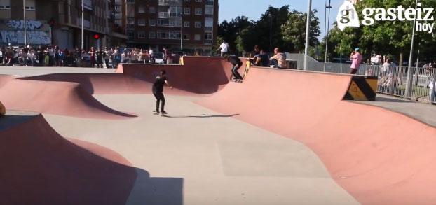 VÍDEO: Campeonato de skate, herri kirolak y Cocina de Guerrilla