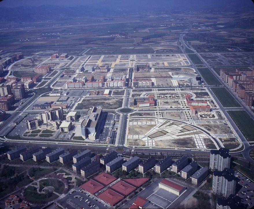 Entrono del Gobierno Vasco hacia 1998. Fuente: Irekia/Gobierno Vasco. Autor Mikel Arrazola