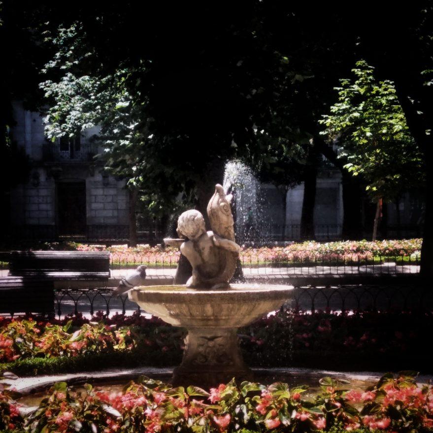 Fuentes ornamentales-esculturas-Vitoria