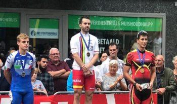 Vitoria-Gasteiz homenajea a Patxi Peula por sus últimos éxitos