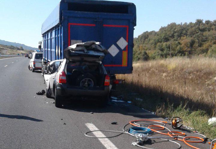 accidente camion coche a1 asparrena